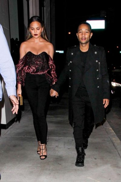 chrissy-teigen-mama-style-gotceleb-com-the-luxe-lookbook3