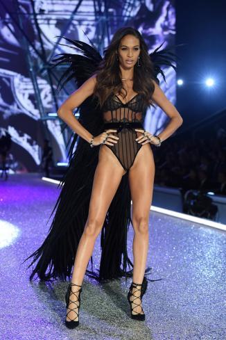 Joan Smalls at VS Fashion Show 16 - Dimitrios Kambouris-Getty