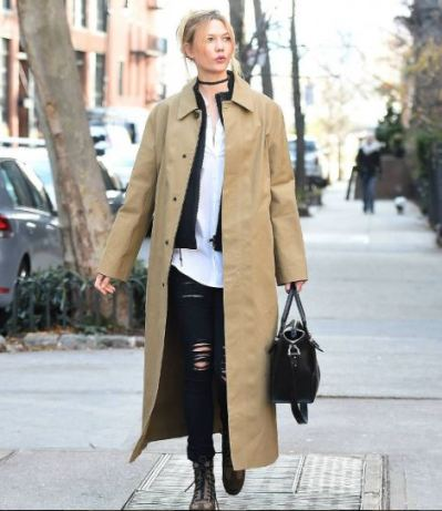 karlie-kloss-in-rugged-boots-instagram-the-luxe-lookbook