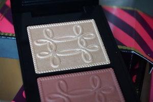 mac-cosmetics-giveaway-1