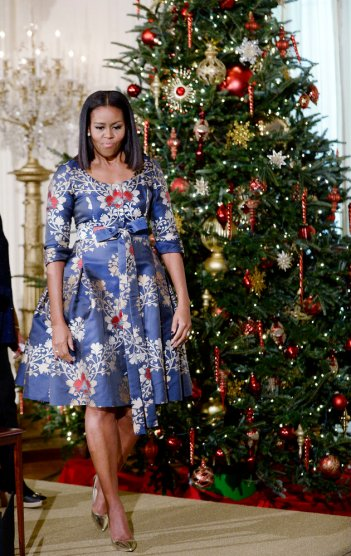 michelle-obama-christmas-2016-douliery-olivier-abaca-usa-the-luxe-lookbook