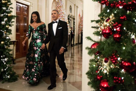 michelle-obama-christmas-2016-shutterstock-the-luxe-lookbook