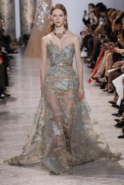 elie-saab-spring17-couture-marcus-tondo-indigital-the-luxe-lookbook37