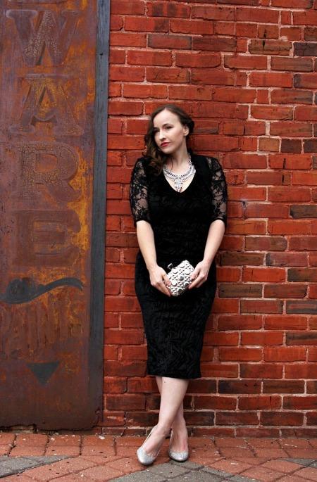 luxe-in-black-velvet-the-luxe-lookbook2