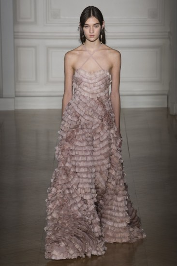 valentino-spring17-couture-yannis-vlamos-indigital-the-luxe-lookbook23