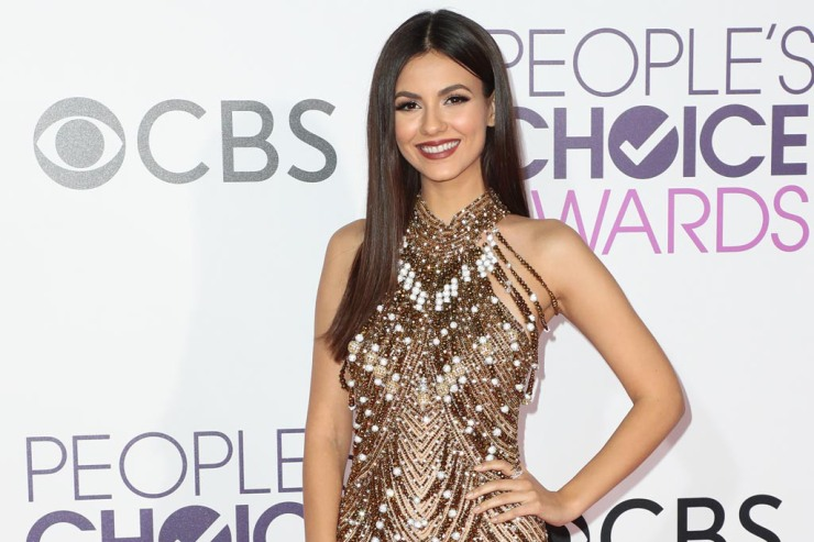 victoria-justice-peoples-choice-awards