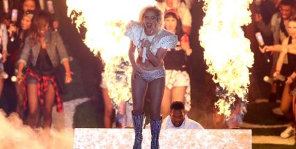 lady-gaga-at-superbowl-halftime-newsday-the-luxe-lookbook